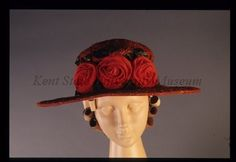 1914-1918 Rust textured woven straw summer hat. Oval flat brim, trimmed with 3 orange silk applied roses and green polished cotton leaves. Female Clothing, Historical Clothing, Silk Stockings, Hat Hairstyles, Summer Hats, Victorian Era, Headpiece, Cowboy Hats, Fashion Accessories