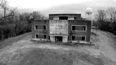 Ghost hunters discover body at abandoned Mississippi hospital, authorities say - CBS News