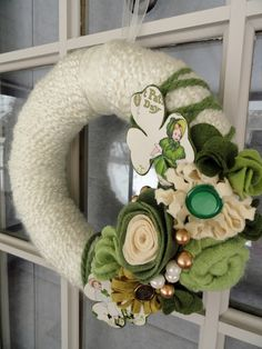 St. Patrick's Day Wreath idea.  It's a little classier than most of the others i've seen.