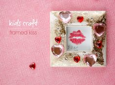 Domestic Bliss Squared: DIY: Easy kid's craft, a framed kiss! Diy Crafts For Kids Easy, Creative Crafts, Gifts For Kids, Easy Diy, Pierre Rose, Bee Crafts, Do It Yourself Projects, Diy Frame, Shopping Hacks
