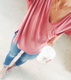 Tshirt✔️.Jeans. Booties. Necklace.
