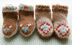 knit baby moccasins