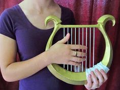 Cosplay Tutorial for Zelda's harp. Will really come in handy when I do cosplay her Sheik Cosplay, Cosplay Diy, Cosplay Outfits, Halloween Cosplay, Best Cosplay, Cosplay Ideas, Link Cosplay, Halloween Costumes, Costume Tutorial