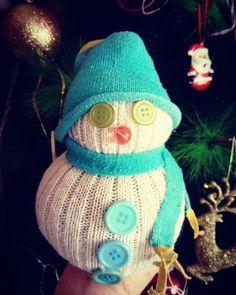 Hazme un muñeco de nieve en el mundo de los calcetines perdidos #acostaskitchen #helenaacosta  http://acostaskitchen.com/?p=1457