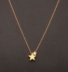Dainty Two Star Necklace, Two Tiny Gold Stars, Fine Chain, Delicate Necklace Gold Jewelry Simple, Stylish Jewelry, Dainty Jewelry, Cute Jewelry, Jewelry Accessories, Jewelry Necklaces, Jewelry Design, Jewellery, Decorative Accessories