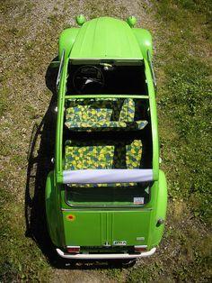 """ARLEQUIN -2cv6 Vert Palmeraie 1974 et son hallucinante option sellerie tissu """"arlequin"""""""
