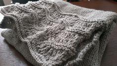 Free Pattern on Ravelry : High Tide Scarf by Mockingbird Knits - knitting