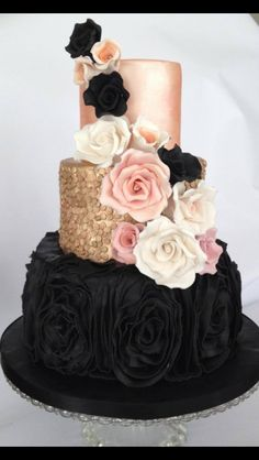 Incorporates all the things I want, maybe not icing roses on bottom tier but very similar!