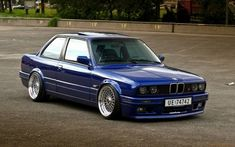 Old BMW Car HD Widescreen Wallpapers