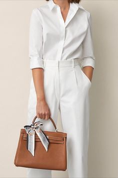 Simple summer work wear outfit idea. Hermes Kelly bag outfit idea. Hermes Bride de Cour Twilly. Summer Work Wear, Summer Work Outfits, Work Fashion, Fashion Outfits, Unisex Clothes, Professional Attire, Work Looks, White Outfits, Feminine Style