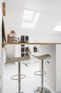 Jurnal de design interior: Pat rabatabil într-o garsonieră de 34 m²