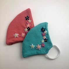 Hand Embroidery Videos, Hand Embroidery Flowers, Hand Work Embroidery, Shirt Embroidery, Embroidery Techniques, Embroidery Stitches, Diy Embroidery Designs, Floral Embroidery Patterns, Crochet Mask