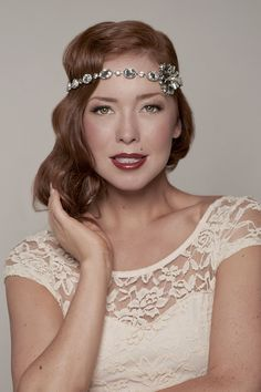 Art Deco and oh so pretty bridal accessory! | http://www.weddingpartyapp.com/blog/2014/10/09/win-gorgeous-bridal-accessories-wedding-day-style-jills-boutique/