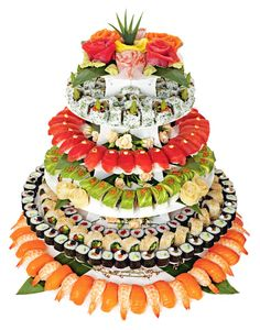 is a sushi wedding cake. Here is a sushi wedding cake.Here is a sushi wedding cake. Sushi Catering, Sushi Bars, Sushi Sushi, Sushi Torte, Arte Do Sushi, Sushi Comida, Sushi Platter, Cake Platter, Japanese Wedding