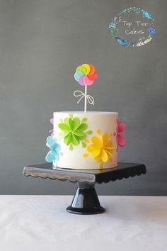 Top Tier Cakes Mini Tortillas, Fondant, Floral Cake, Girl Birthday, Birthday Cakes, Birthday Ideas, Pretty Cakes, Cupcake Cakes, Cupcakes
