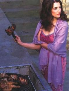 One more Nigella Lawson. Because we'd all like to put on a fancy dress and BBQ Nigella Lawson, Cookery Books, Domestic Goddess, Girl Inspiration, Perfect Woman, Face And Body, Curves, Muse, Beautiful Women