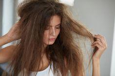 Make hair cure yourself - the best recipes for healthy hair Silky Hair, Smooth Hair, Hair Cure, Curly Hair Styles, Natural Hair Styles, Natural Hair Moisturizer, Dry Damaged Hair, Brittle Hair, Moisturize Hair