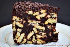 Tort de biscuiti cu ciocolata si fructe confiate (de post) - CAIETUL CU RETETE Biscuit, Cooking Recipes, Sweet, Desserts, Food, Candy, Tailgate Desserts, Deserts, Chef Recipes