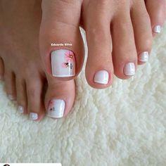 27 Modelos de Unhas com esmalte Branco Uñas Decoradas ? Pretty Toe Nails, Cute Toe Nails, Pretty Nail Art, Pretty Toes, My Nails, Toe Nail Color, Toe Nail Art, Nail Nail, Nail Colors