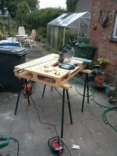 MTI-workbench in use at a home renovation.