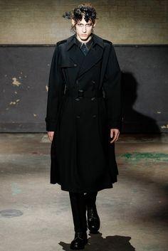 Alexander McQueen Fall 2014 Menswear Fashion Show