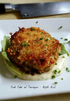 Super Lump Crab Cake with Apple - Tarragon Aioli