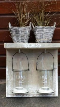 lovely use of the glass lanterns we sell :-) Pallet Crafts, Diy Pallet Projects, Wooden Crafts, Scaffolding Wood, Repurposed Wood Projects, Garden Deco, Diy Bottle, Jar Lamp, Scandinavian Home