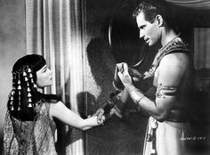 Moses and Nefretiri: The Ten Commandments (1956)