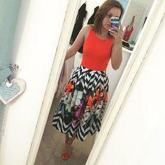 Zigzag Bouquet Printed Midi Skirt - Bottoms - Retro, Indie and Unique Fashion