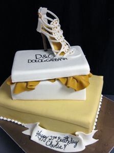 Dolce and Gabana Shoe Cake by Amanda Oakleaf Cakes, via Flickr