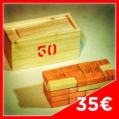 MATTO CASE 50 - Contents: 24 big Bricks, 9 medium Bricks, 9 small Bricks, 2 Half arc Bricks  2 Quarter moon Bricks, 1 Joists n°9, 1 Joists n°7, 2 Joists n°6. Case in fir wood.