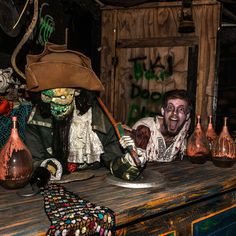 With Halloween quickly marching upon us, only the creepiest scares will do. Here are the best haunted houses in DFW. Halloween Witch Decorations, Halloween Art, Halloween Witches, Halloween Quotes, Happy Halloween, Best Haunted Houses, Haunted House Props, Jack Skellington Pumpkin Carving, Mad Scientist Halloween