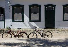 Casas simples e tradicionais em Paraty
