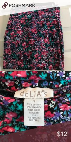 Delias body con skirt! Never worn floral print body con skirt Delias Skirts Mini