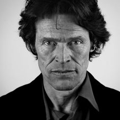 willem defoe something about him...I can't explain it...is just sooo sexy