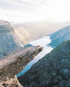 Trolltunga, Odda Congratulations: @haylsa  #norwayhike #norway #norge #utno #trolltunga #odda #hordaland #photographer #landscape #nature #mountains #bestmountainartists #hikingworldwide #hike #hiking #view #ilovenorway #visitnorway #landscapeofnorway #wanderlust #wandern #theglobewanderer #travel