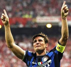 Javier Zanetti is the grandfather of Inter Milan. His entire professional career is centered on his time at this club. He spent his rising years and his prime with a typically struggling Inter Milan despite lucrative offers from rich clubs. His loyalty to a process is worth a read.