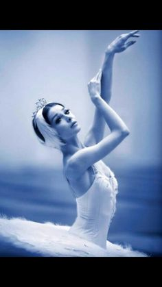 I previously thought this could be taken from me. Ballet will always be my soul.This is: Yevgenia Obraztsova - First Solist Mariinsky Ballet, Saint Petersburg, Russia Bolshoi Ballet, Ballet Dancers, Ballerinas, Tutu, Dance Like No One Is Watching, Ballet Beautiful, Beautiful Swan, Gorgeous Eyes, Beautiful Shoes