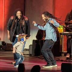 Stephen, Ziggy and Abraham (Ziggy's son) Marley. Bob Marley Kids, Marley Family, Stephen Marley, Damian Marley, Marley Brothers, Bob Marley Pictures, Jah Rastafari, Reggae Artists, Robert Nesta