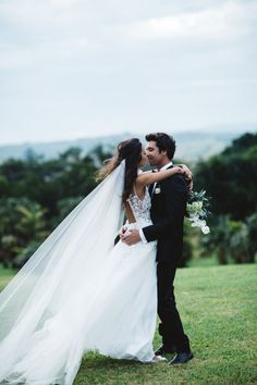 Byron Bay Real Wedding / Kim & Dane by Carly Brown