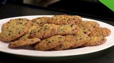 Cookies με βρώμη, καστανή ζάχαρη, πορτοκάλι και καρύδια Biscuits, Cookies, Meat, Chicken, Recipes, Food, Crack Crackers, Crack Crackers, Recipies