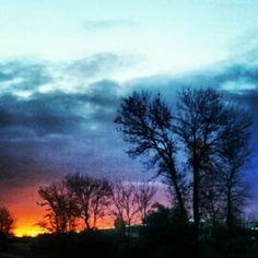 Nature landscape sunset driving toronto 401 oshawa canada ontario phone android photography fire sky exposure outline Canada Ontario, Durham Region, Outline, Toronto, Android, Fire, Clouds, Sky, Sunset
