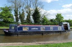 A 2001 Quaypoint 4 berth cruiser stern narrowboat. Acoustic Wave, Narrowboat, Boats For Sale, Waves, Train, Beach Waves, Trains, Wave