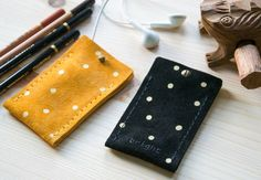 Apple iPod Nano 7g GOLDEN DOTS leather by BRIGHTfeltANDleather