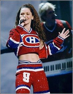 Shania Twain, another Habs fan Montreal Canadiens, Country Girls, Country Music, Celine, Montreal Hockey, Shania Twain Pictures, Ice Girls, Hockey Girls, National Hockey League
