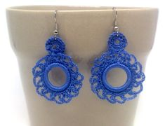 Blue floral crochet earrings. Andalucia flamenco style. Hand knitted jewellery. Unique gift. Acrylic hoop. Gypsy earrings. Textil jewellery Crochet earrings inspired by Andalucian flamenco fashion. There is 2 models (see pictures): - Blue - Brown The measures are 3,5 cm width x Bead Crochet, Crochet Earrings, Crochet Patterns For Beginners, Textiles, Girly Things, Jewelry Crafts, Hand Knitting, Unique Gifts, Handmade Items
