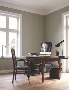 elegantes Arbeitszimmer