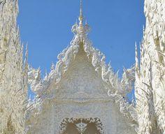 仏教寺院ワット・ロンクン
