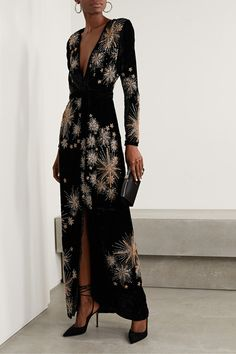 New Dress, Dress Up, Dress Outfits, Fashion Dresses, Looks Chic, Maxi Wrap Dress, Wrap Dresses, Beautiful Gowns, Couture Fashion