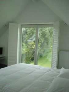 "shutters geplaats in bed en breakfast ""villa tartine"".  #exinterior, #shutters , #bedandbreakfast , #shuttersslaapkamer ,"